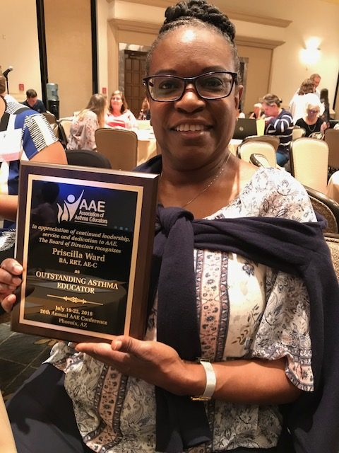 Patricia Ward with award